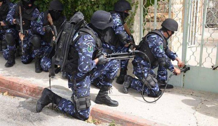 القبض على شخص مطلوب للعدالة في نابلس