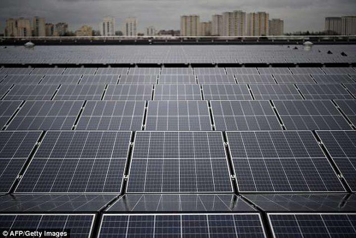 السعودية تستعد لبناء أكبر محطة طاقة شمسية في العالم