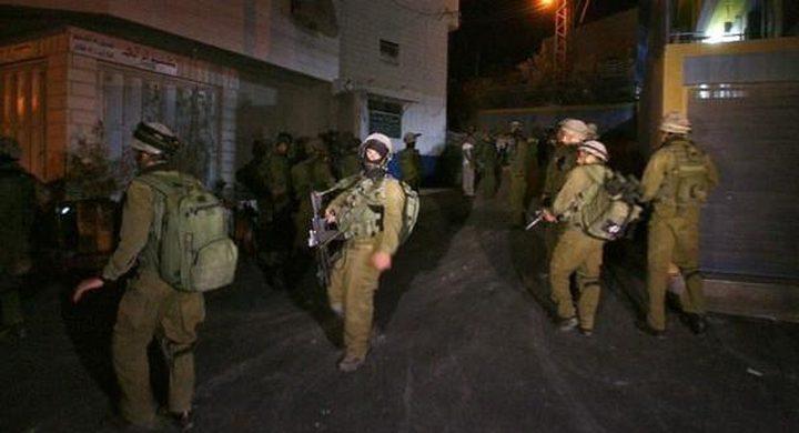 الاحتلال يشن حملة اعتقالات في مختلف محافظات الضفة