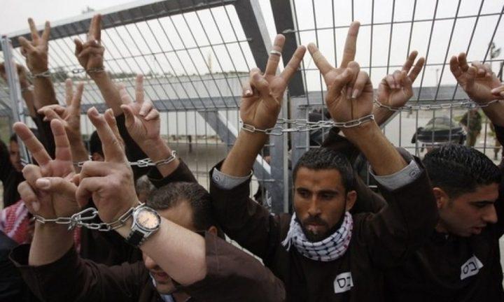 4 أسرى من الضفة يدخلون أعواماً جديدة في سجون الاحتلال
