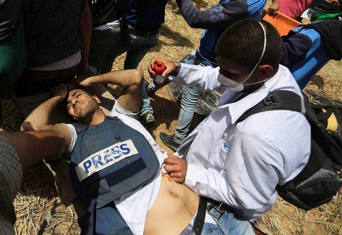 الاحتلال يستهدف المسعفين والصحفيين في غزة