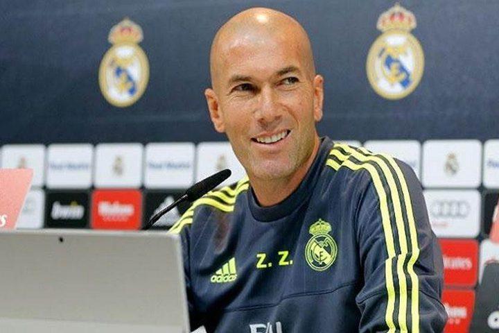 زيدان يدرس إجراء 4 تغييرات على تشكيلة ديربي مدريد