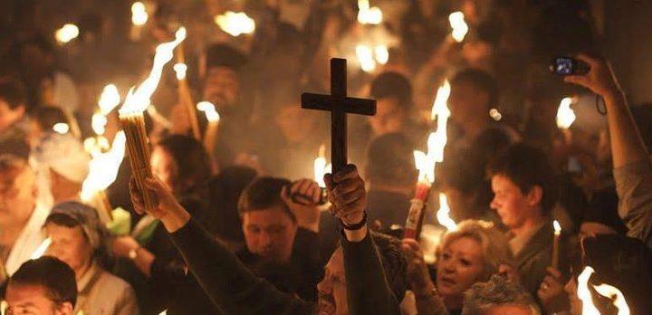الخارجية: النور المقدس يخرج من كنيسة القيامة رغم ظلمة الاحتلال