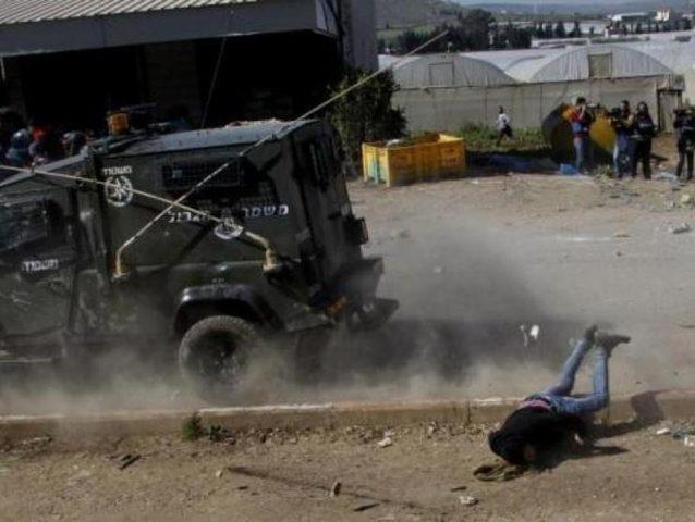 جيب عسكري للإحتلال الإسرائيلي يدهس فتى شرق يطا
