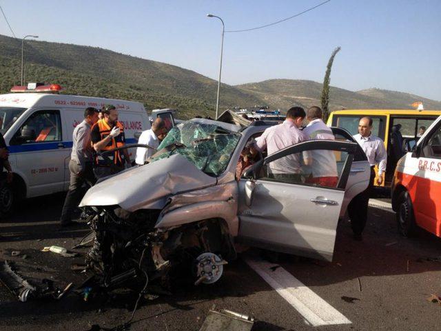 9 إصابات إحداها خطيرة بحادث سير على طريق رام الله_ نابلس