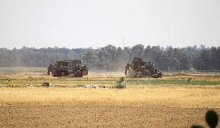 جرافات الاحتلال تتوغل شرق خان يونس