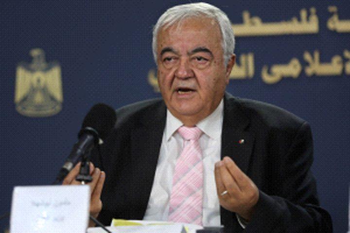 وزير العَمل يوقّع عددًا من مذكرات التّفاهم مع نظرائِه العرب