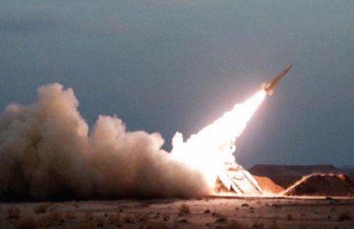 السعودية: قوات الدفاع الجوي تدمر صاروخاً بالستياً في سماء الرياض