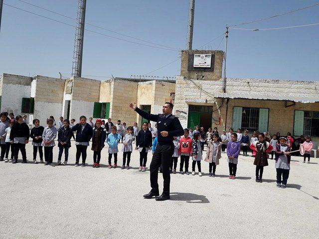 الشرطة تنظم يومًا شُرطيًا للطلبة في بيت لحم