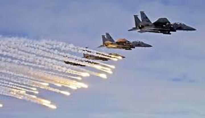 طائرات الاحتلال تنفذ غارات وهمية في أجواء قطاع غزة