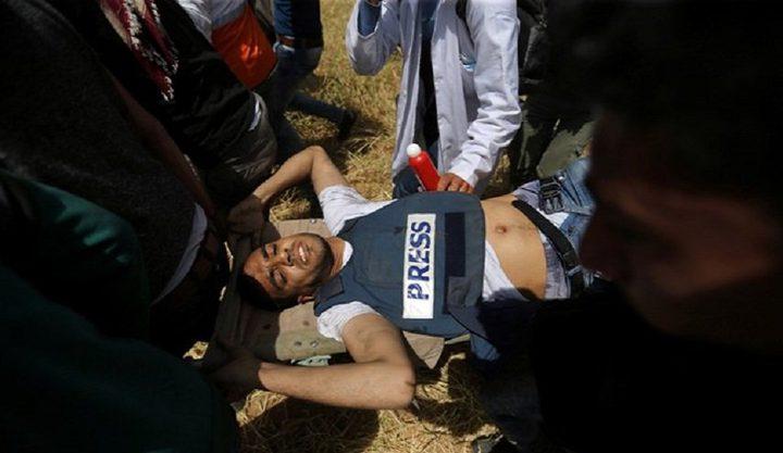 اصابة خمسة صحفيين برصاص الاحتلال في الجمعة الثالثة لمسيرة العودة