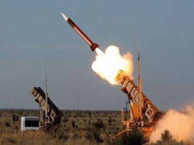 """الدفاع الجوي السعودي يدمر صاروخا باليستيا أطلقته """"أنصار الله"""" على جازان"""