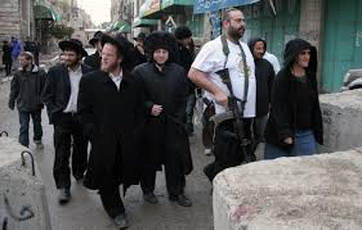 مستوطنون يهاجمون قرية التوانه جنوب الخليل