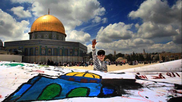 الاحتلال يبعد سبعة مواطنين عن الأقصى بينهم طفل