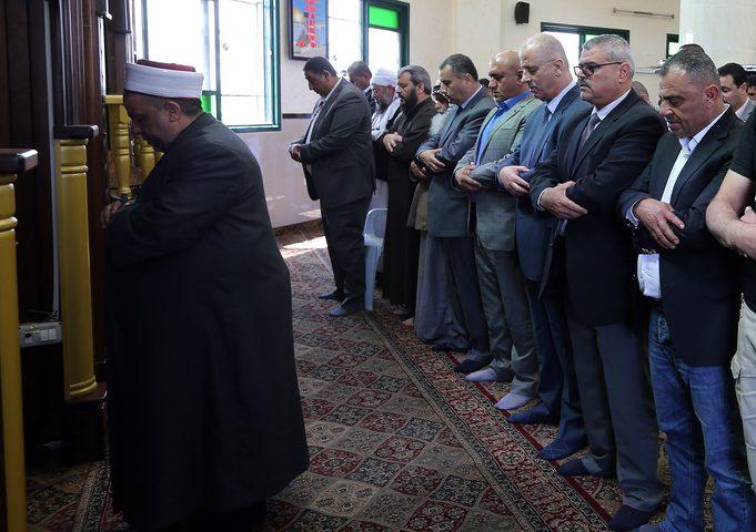 الحمد الله: لن نساوم على هوية ومكانة مقدساتنا الاسلامية والمسيحية مهما تصاعد استهداف اسرائيل لها