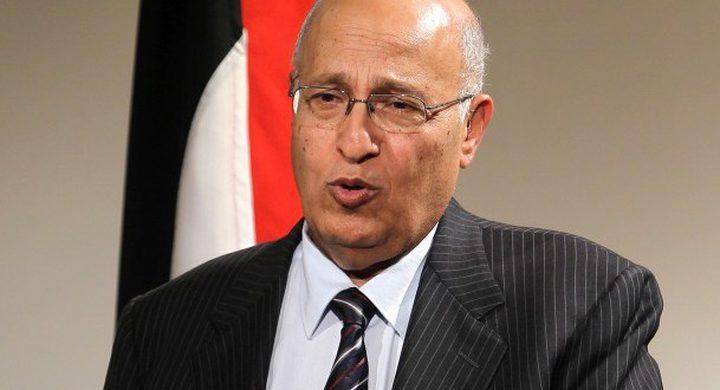شعث: لا نتوقع خذلاناً من الاشقاء العرب لكن المطلوب آليات لتنفيذ كل القرارات