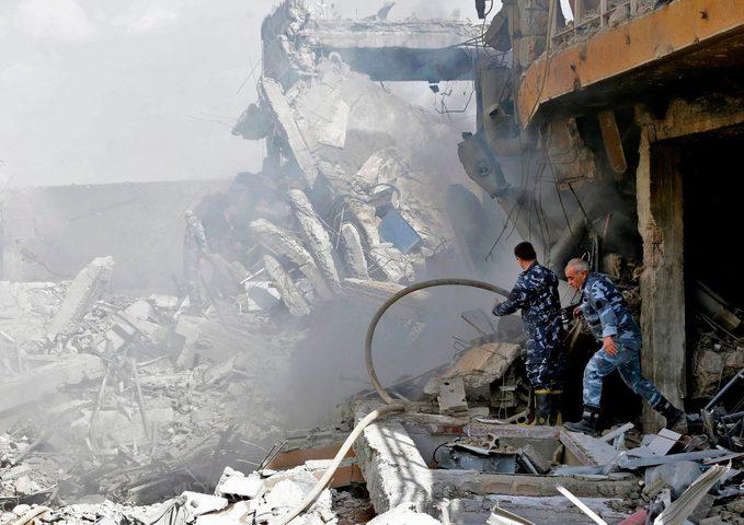 صور جوية تظهر الدمار في المنشآت السورية بسبب القصف الأمريكي