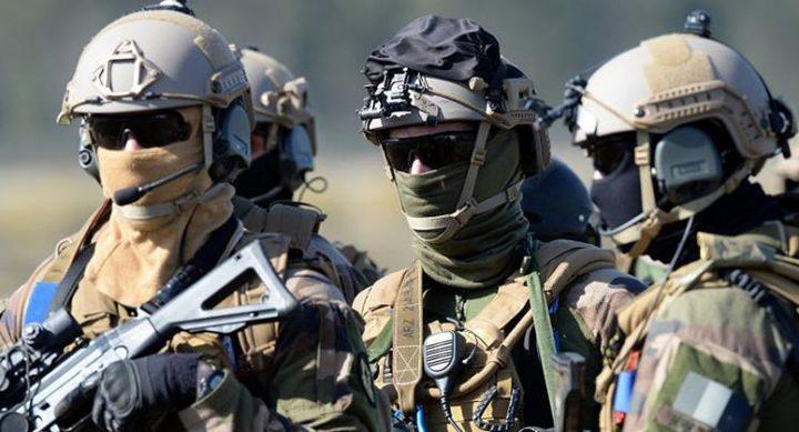 إصابة 7 جنود فرنسيين فى هجوم على معسكرين شمال مالى