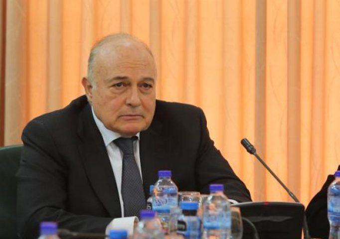 الوزير بشارة يؤكد أهمية دعم موازنة دولة فلسطين