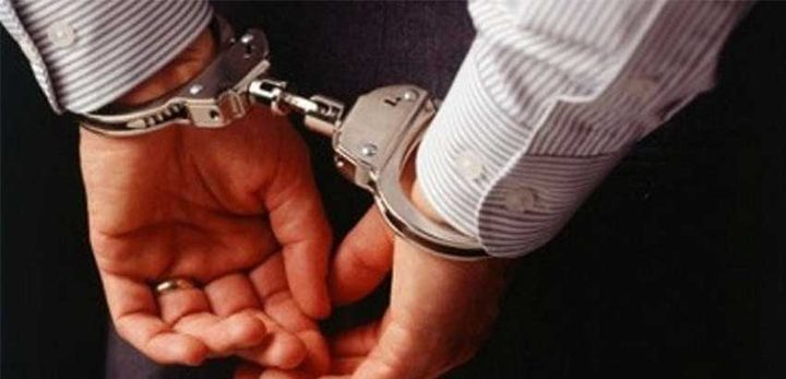 تفاصيل اعتقال مواطن من نابلس بسبب شكوى من أعضاء في البلدية