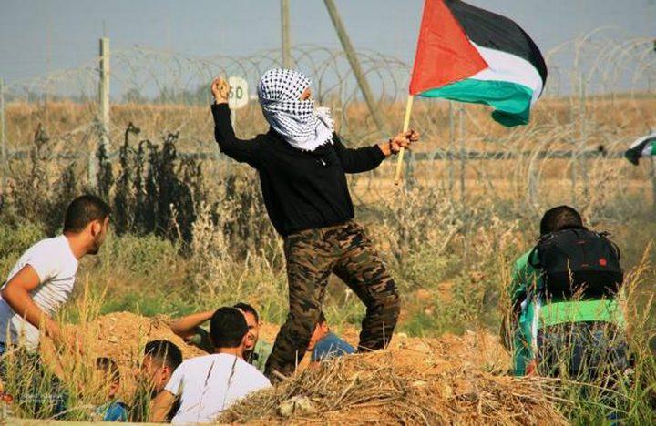 الاحتلال يُطلق النار على متظاهرين جنوب ووسط قطاع غزة