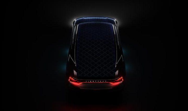 تطوير سيارة كهربائية تعمل بالطاقة الشمسية