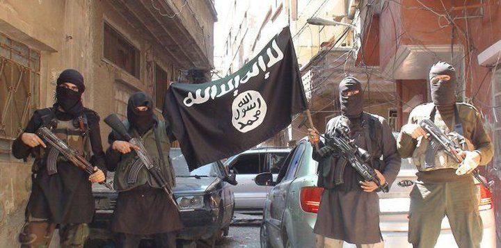 """""""داعش"""" يعدم ضابطا في مخيم اليرموك بطريقة غاية في البشاعة"""