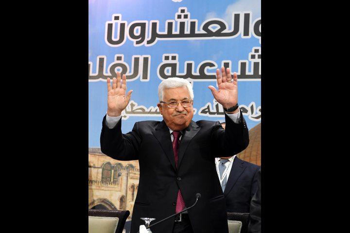 وزير إسرائيلي يدعو لفرض حصار على الرئيس عباس كما الراحل عرفات