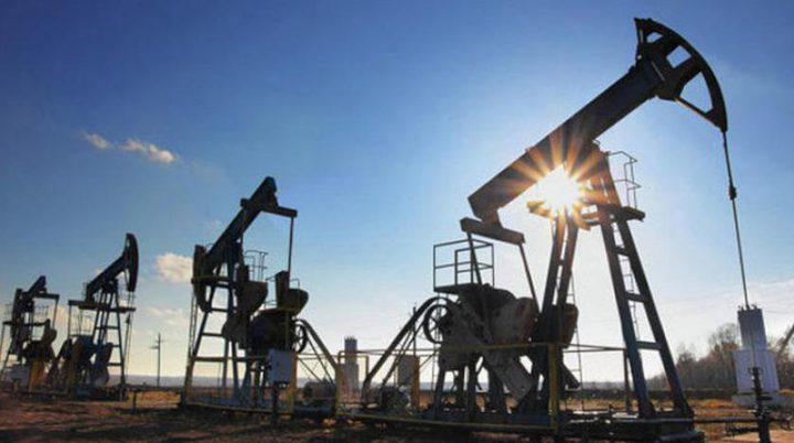 النفط يهبط.. مع ارتفاع أنشطة الحفر الأمريكية