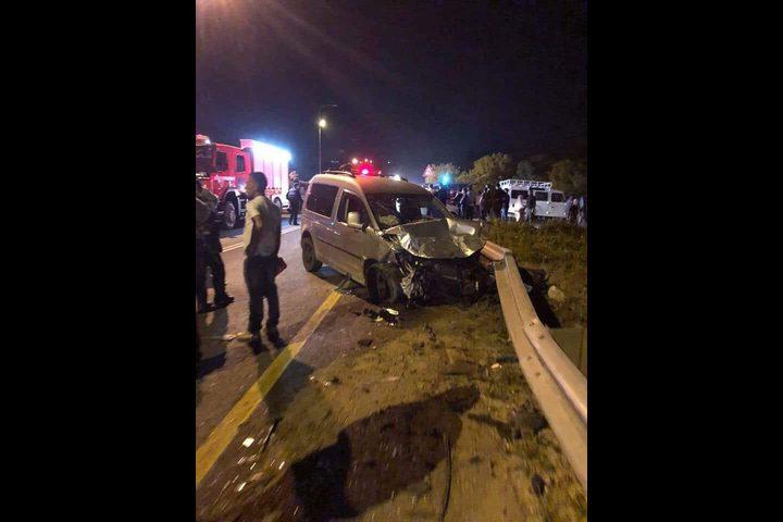 مصرع مواطن واصابة 8 احدهم حالته خطر بحادث سير