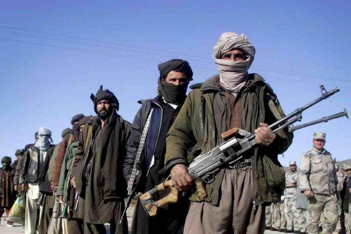 عشرات القتلى في هجوم لطالبان على مدينة أفغانية