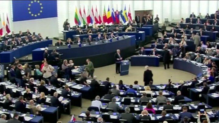 الاتحاد الأوروبي يبحث تشكيل جبهة موحدة في وجه قرارات ترامب
