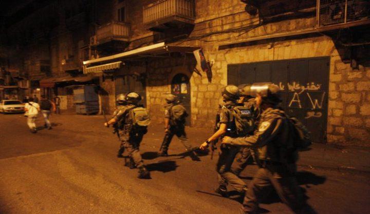 الاحتلال يعتقل 6 مواطنين فجر اليوم