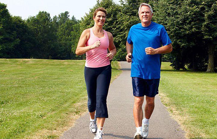 ما هي فائدة المشي السريع لصحة القلب؟