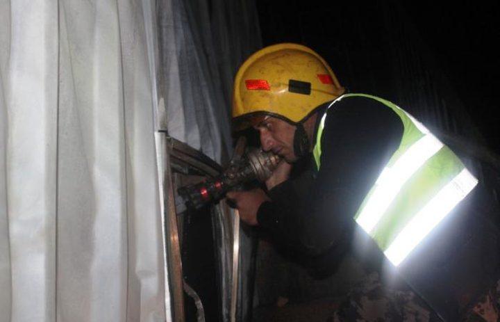 الدفاع المدني يخمد حريق منزل في مدينة طوباس