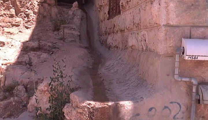 تلوث مياه الشرب يسبب حالات تسمم في أرطاس
