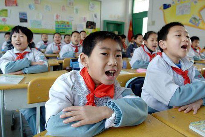 """مدرسة """"تفحص"""" وجوه التلاميذ كل 30 ثانية!"""