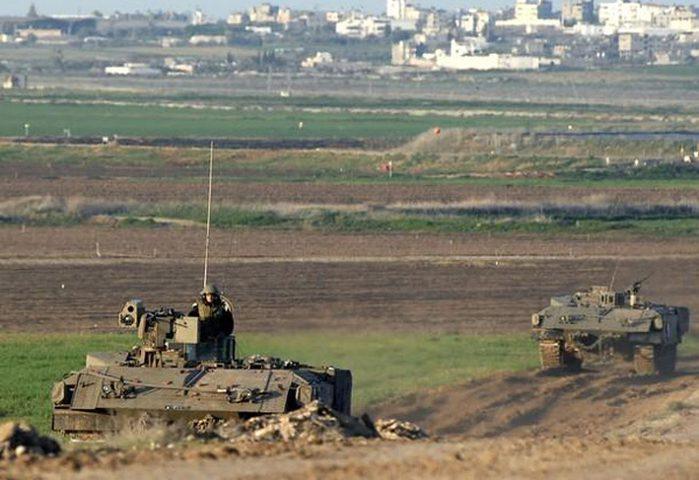 الاحتلال يطلق الرصاص وقنابل الإضاءة شرق قطاع