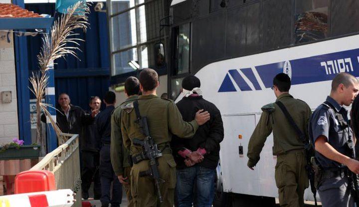 الاحتلال يصدر 54 أمر اعتقال إداري بحق أسرى