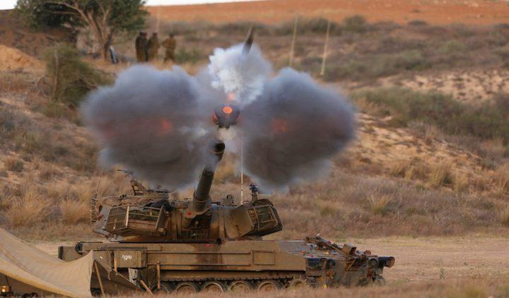 الاحتلال يطلق قذيفة مدفعية وسط قطاع غزة