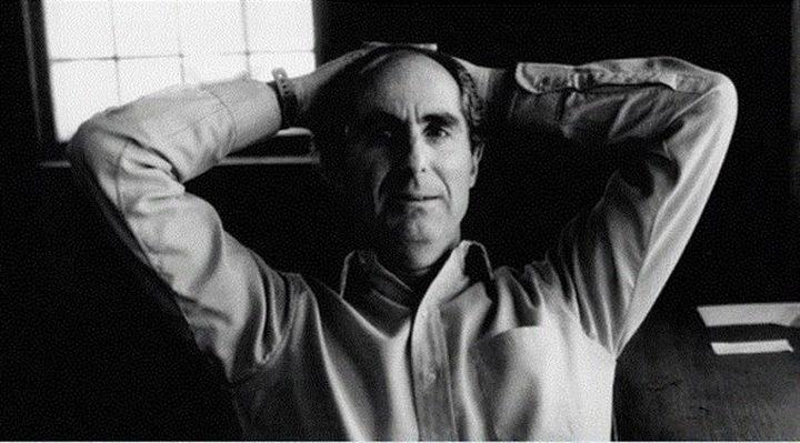 وفاة  أحد عمالقة الأدب الأمريكي