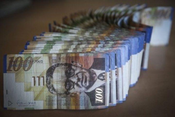 اجراءات اسرائيلية جديدة لجباية الديون من الفلسطينيين