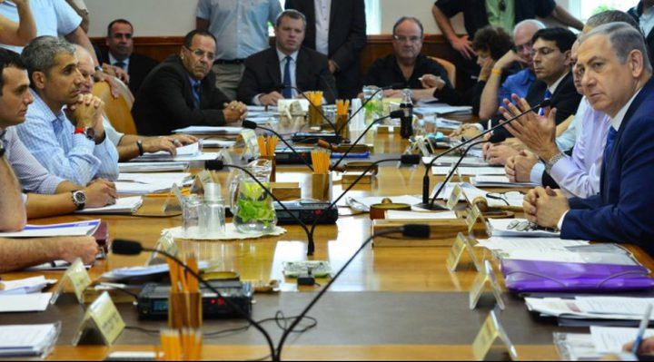 معاريف: إسرائيل تدرس مقترحات مصرية وقطرية حول هدنة بغزة