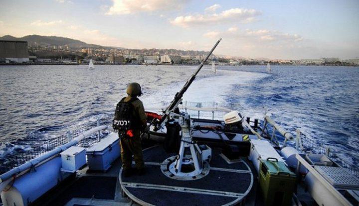 الاحتلال يعتقل صيادين شقيقين في بحر غزة