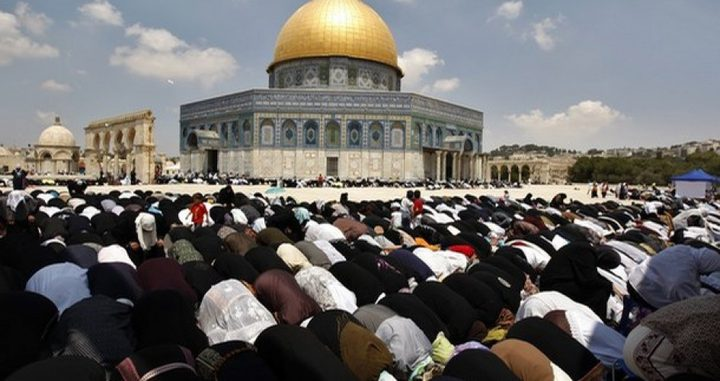 200 ألف يصلون في الأقصى في الجمعة الثانية من رمضان