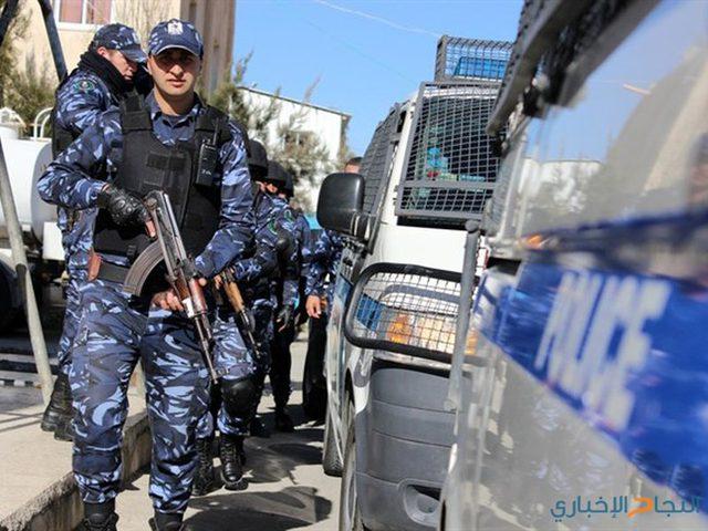 الشرطة تفض شجاراً وتقبض على 12 شخص