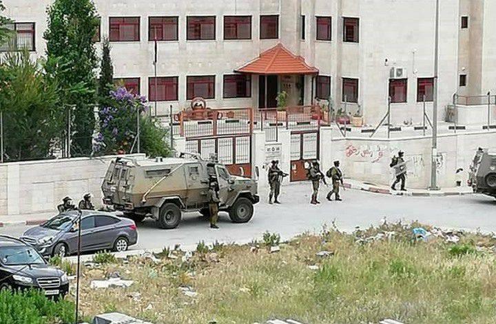 اصابات خلال اقتحام قوات الاحتلال مخيم الأمعري