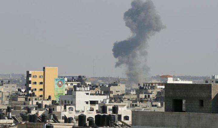 ردا على إطلاق قذائف هاون.. الاحتلال يستهدف مواقع للمقاومة في غزة (محدث - فيديو)