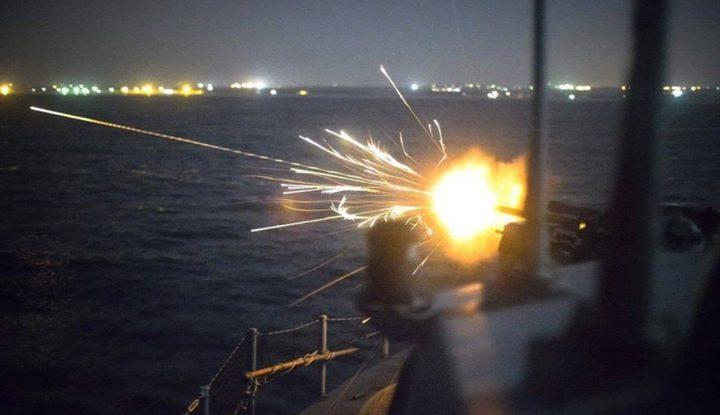 زوارق الاحتلال تطلق نيران رشاشاتها في عرض بحر خانيونس