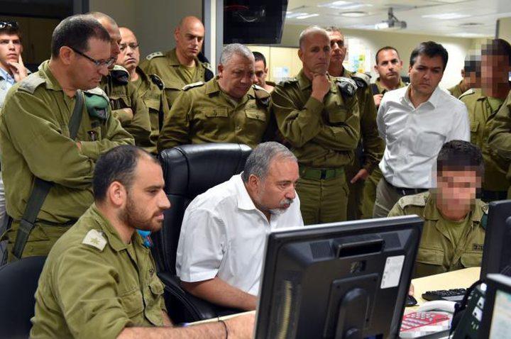ليبرمان يعقد جلسة تقييم للوضع على حدود قطاع غزة... والاحتلال يجمع عل التصعيد
